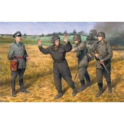 "1/35 ""Barbarossa"" operation, June 22,1941 (4 figures - 1 german officer, 2 german soldiers, 1 captured soviet tankman) - ICM35391"